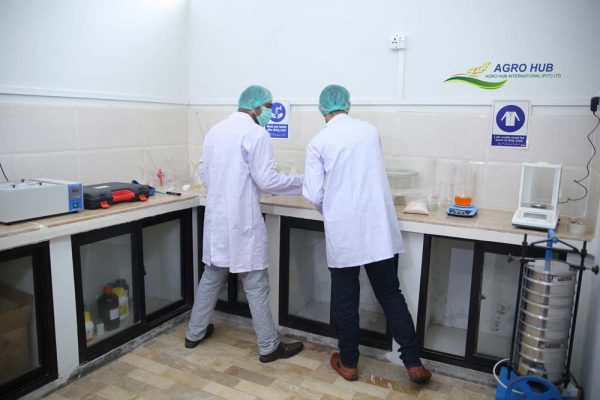 our-laboratory-02
